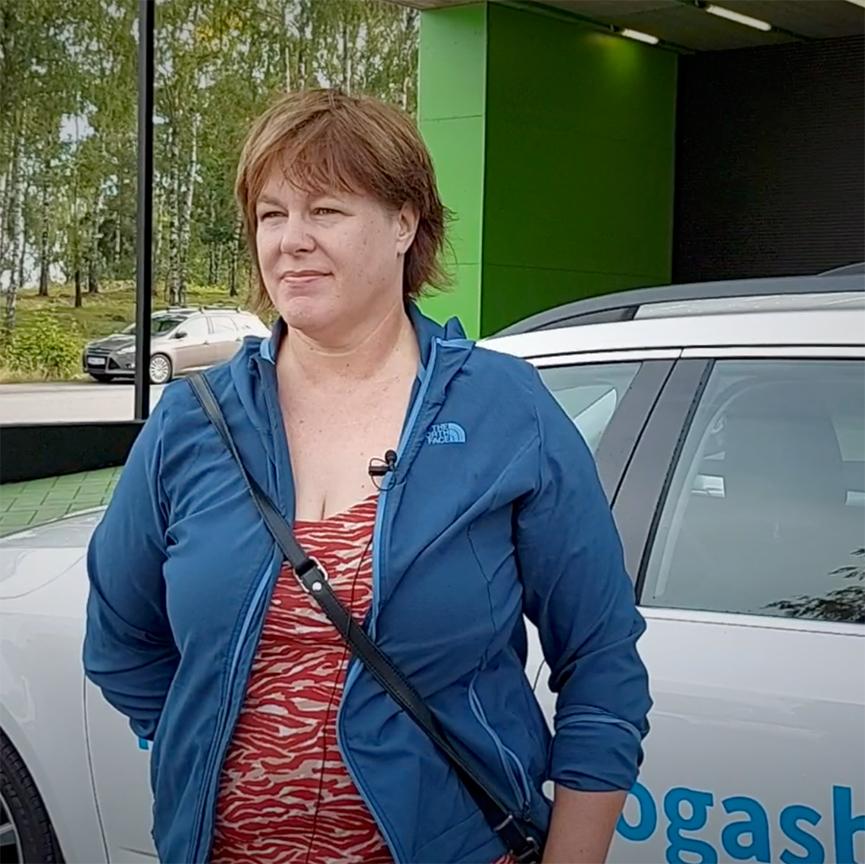Testpiloten Anne Johansson berättar om sina intryck efter en vecka med biogasbil